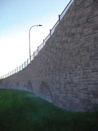 Retaining Wall Pattern